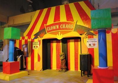 clown-chaos-walkthrough-maze-scream-at-the-beach