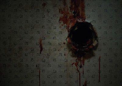 deep-dark-movie-behind-the-scenes-hole-close-up