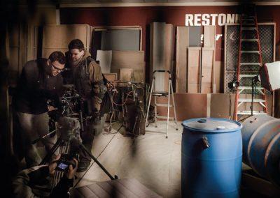resident-evil-trailer-behind-the-scenes-warhouse-setup